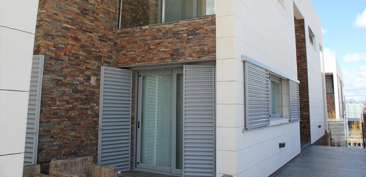 Laja panel multicolor jbernardos 60 15 precio caja 0 36 - Panel piedra precio ...